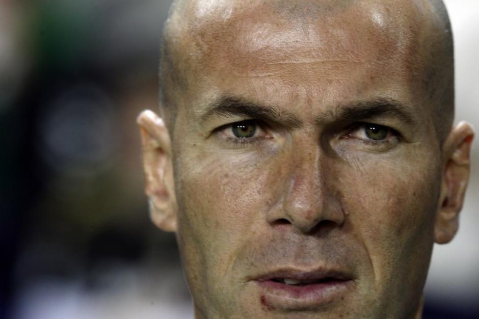 Zidane no baja los brazos, pide intensidad a sus jugadores. La Liga está casi perdida, pero buscará llegar lo mejor posible en la Champions League. (Foto: AFP)
