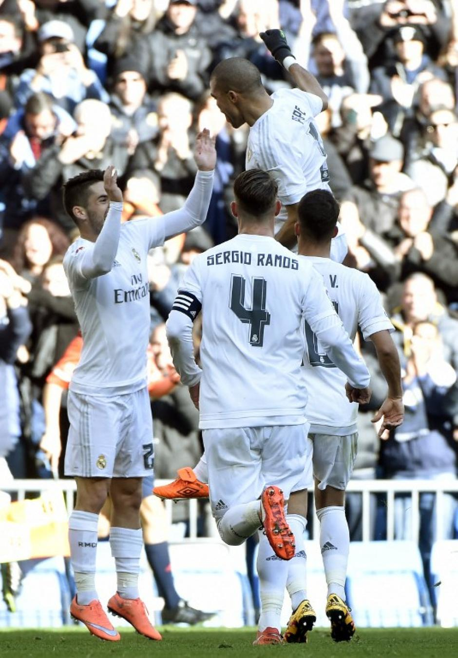Pepe festejó el primer tanto del partido del Real Madrid ante Celta. (Foto: AFP)