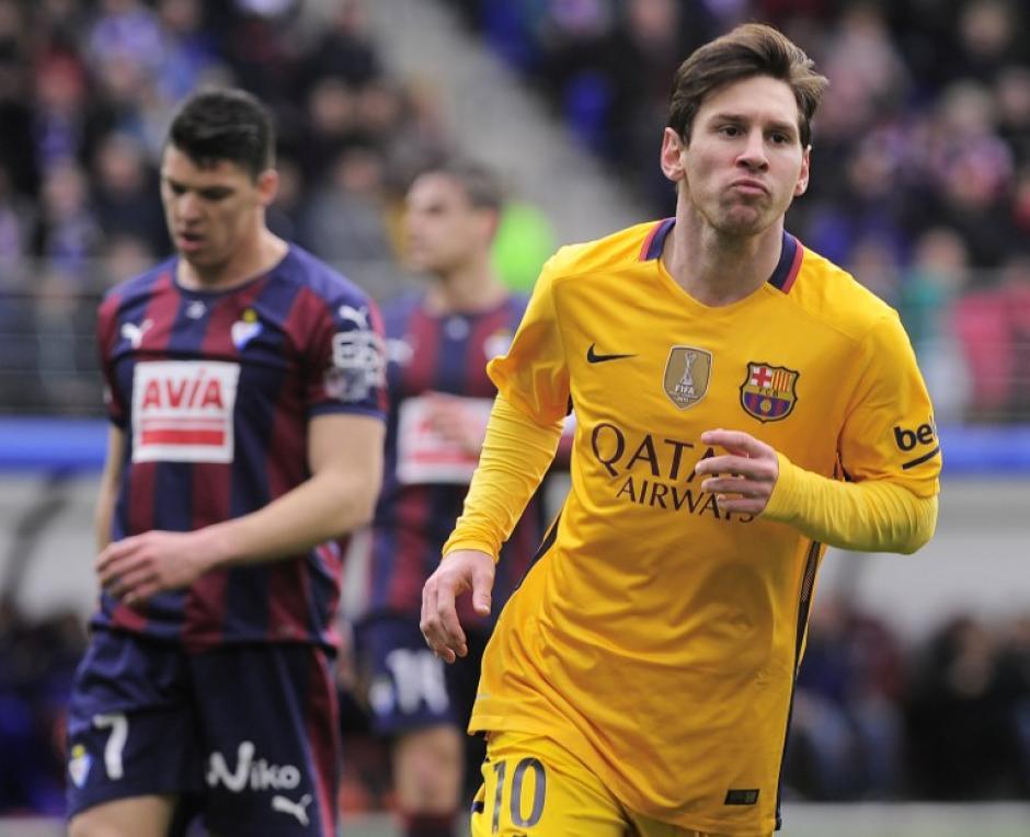 """Messi anotó doblete en la goleada ante Eibar y se mete en la pelea por el """"Pichichi"""", está a seis goles de Cristiano Ronaldo. (Foto: AFP)"""