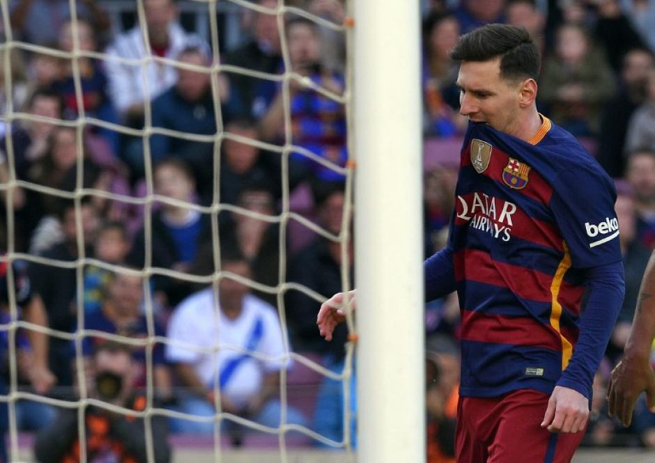 Además de asistencias, Messi convirtió un gol, llegó a 22 en la Liga.  (Foto: AFP)