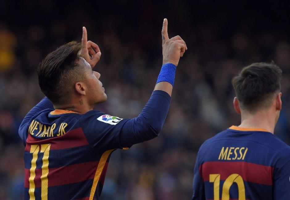 Neymar de nuevo hizo doblete; llegó a 20 en la Liga.  (Foto: AFP)