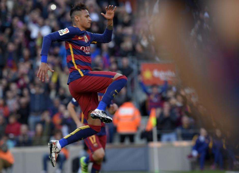 El brasileño Neymar festejó dos veces contra Getafe.  (Foto: AFP)