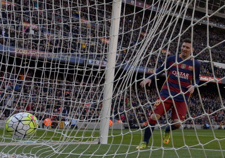 Barcelona ganó su partido 24 en la Liga; y alcanzó los 75 puntos. (Foto: AFP)