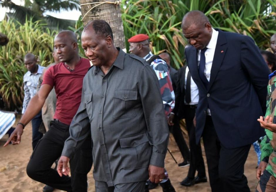 El presidente marfileño Alassane Ouattara, llegó al lugar. (Foto: AFP)