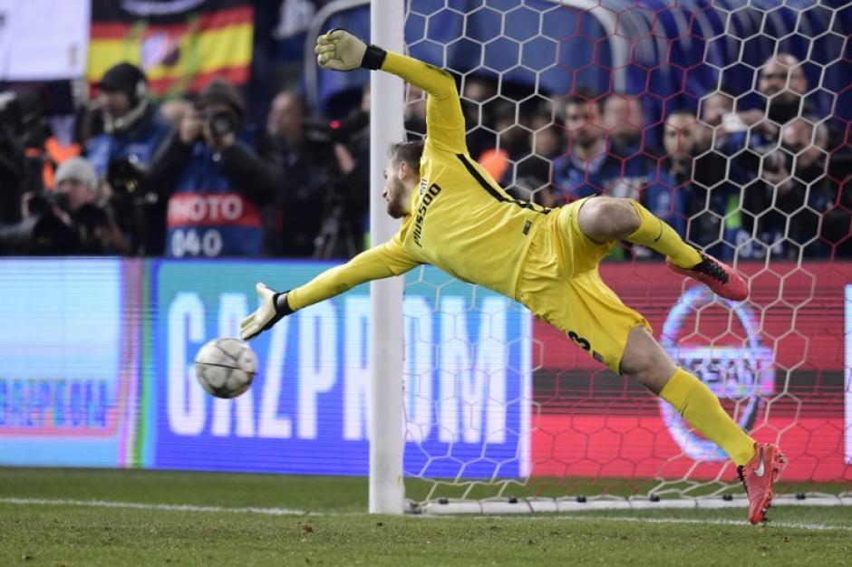 Acción del portero del Atlético de Madrid, Jan Oblak. (Foto: AFP)