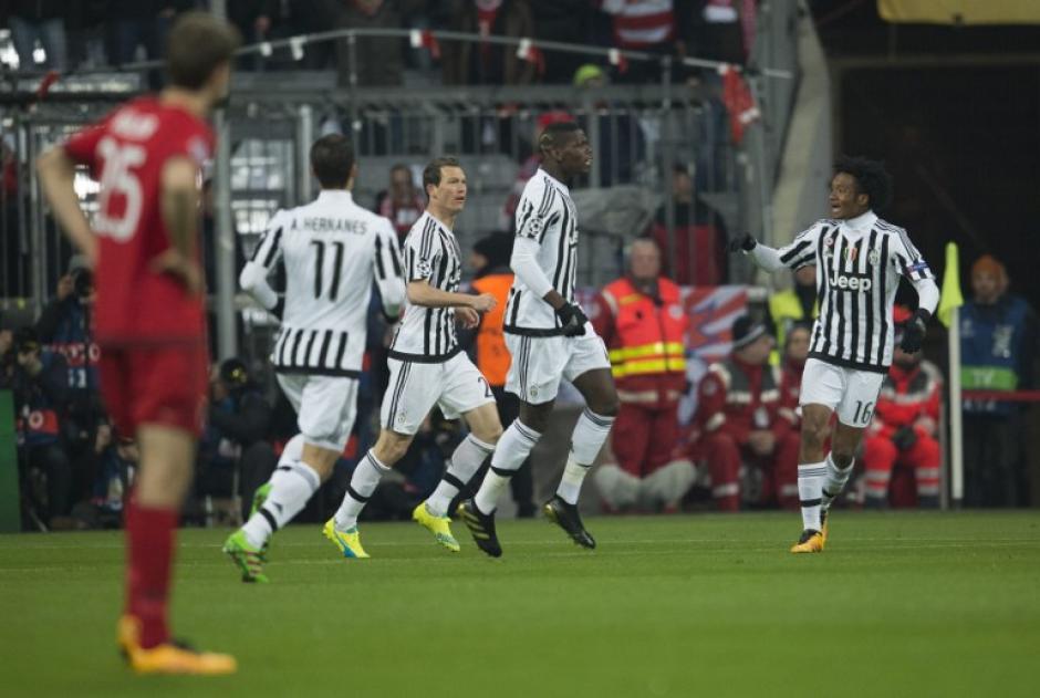 """La """"Juve"""" iba ganando de visita ante el Bayern. (Foto: AFP)"""