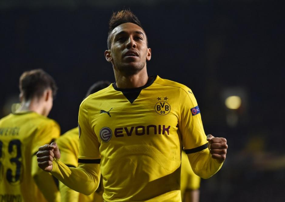 Aubameyang ayudó a que el Borussia Dortmund clasificara a cuartos de la Europa League. (Foto: AFP)