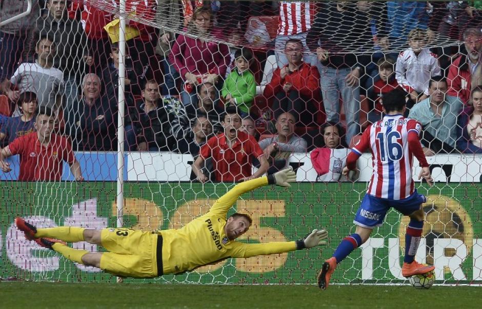 Castro anotó el gol de la victoria en el minuto 89.  (Foto: AFP)