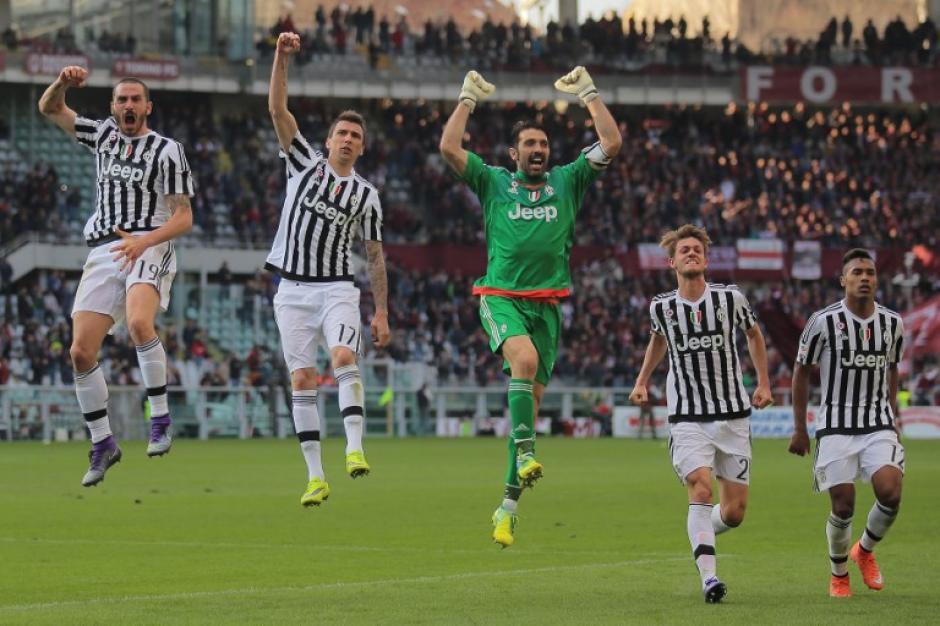 El guardameta superó los 970 minutos sin recibir un gol. (Foto: AFP)