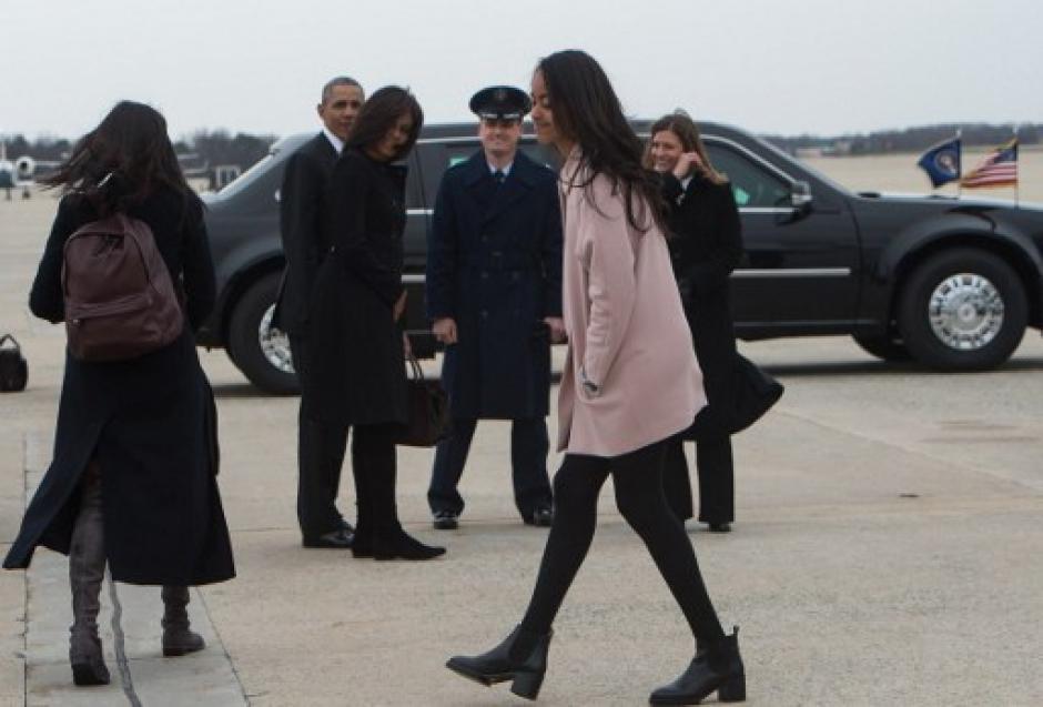 La familia de Obama acompaña al mandatario al viaje en Cuba. (Foto: AFP)