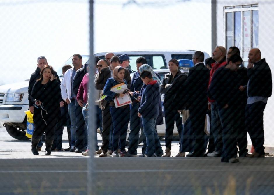 Más de 80 pasajeros sufrieron momentos de terror en el aire. (Foto: AFP)