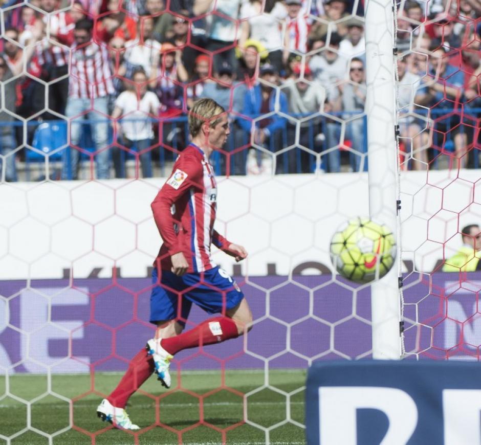 """Fernando Torres, el """"Niño"""" abrió el marcador para los colchoneros. (Foto: AFP)"""