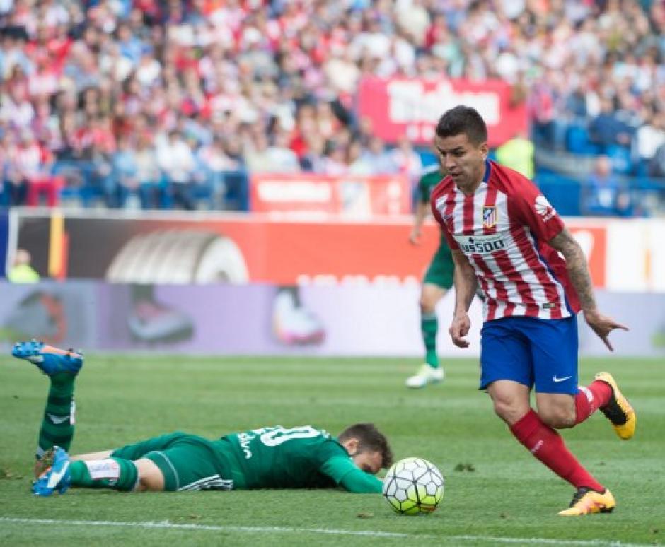 De momento el Atlético de Madrid se puso a seis puntos de Barcelona. (Foto: AFP)