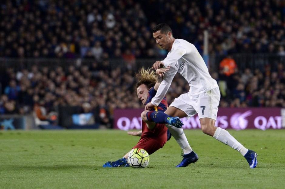Cristiano Ronaldo apareció en el momento justo (85) y le dio al Real Madrid los tres puntos.  (Foto: AFP)
