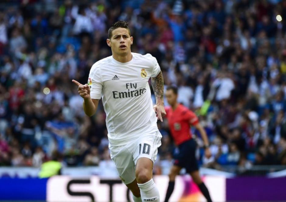 El colombiano James Rodríguez abrió la ruta del triunfo del Madrid, con un golazo. (Foto: AFP)