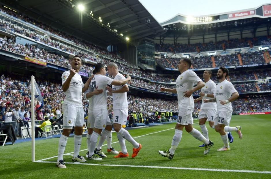Real Madrid llegó a 72 puntos y sueña con un tropezón de Barcelona y Atlético de Madrid. (Foto: AFP)