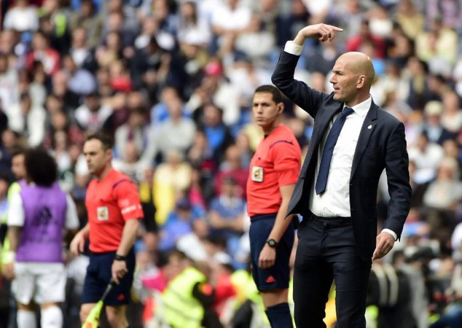 Zidane sigue con sus buenos números jugando en el Santiago Bernabéu. (Foto: AFP)