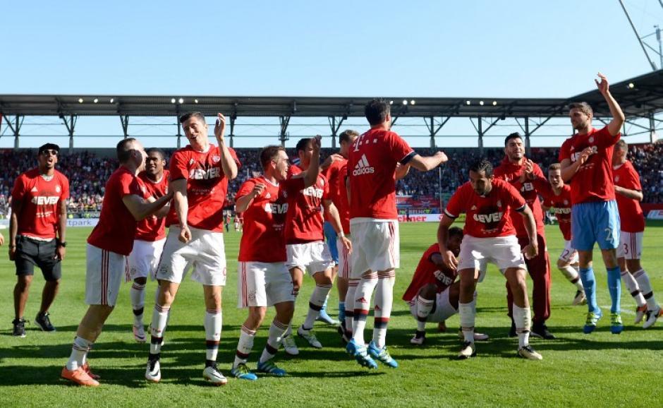Bayer Múnich ganó el título de la Bundesliga por cuarta ocasión consecutiva. (Foto: AFP)