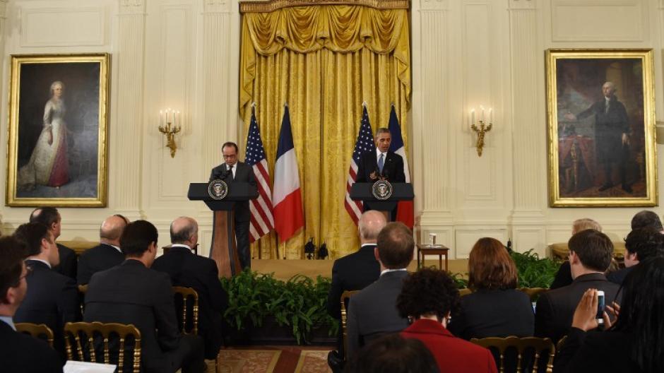 Los presidentes de Francia y Estados Unidos se reunieron para coordinar estrategias para el combate del Estado Islámico. (Foto: AFP)