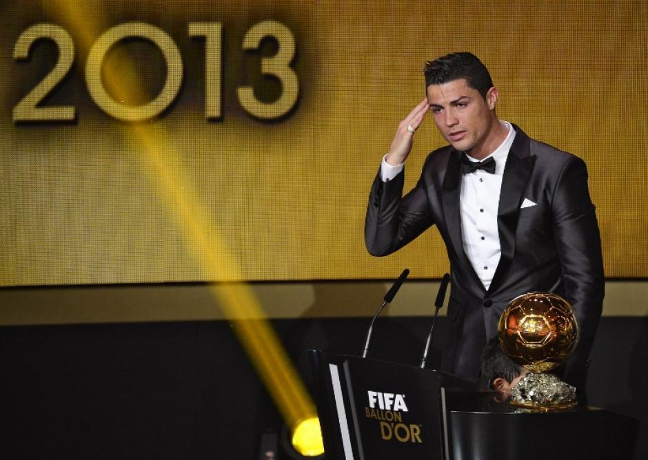 """El """"Comandante"""" Cristiano Ronaldo le ganó el duelo a Lionel Messi y Franck Ribéry. (Foto: Olivier Morin/AFP)"""