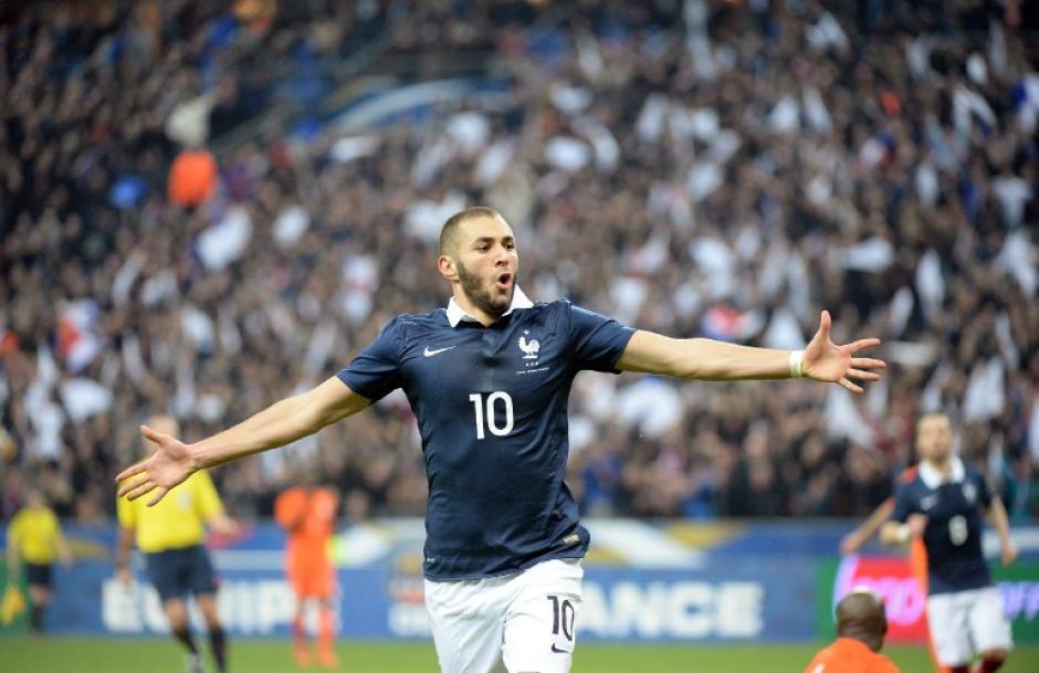 Karim Benzema abrió el camino del triunfo para Francia en Saint Denis. (Foto: AFP)