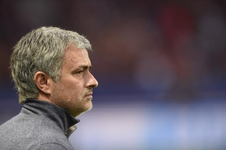 """Mourinho recibió su segunda multa en Inglaterra por """"conducta indebida"""" y está en el ojo de la Federación Inglesa."""