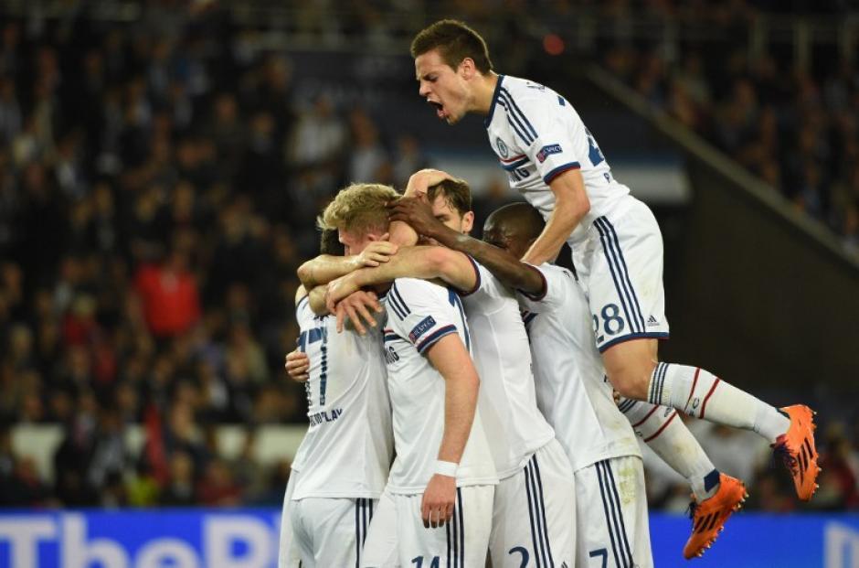 Hazard empató de penal provisionalmente al minuto 27 para el Chelsea. (Foto: AFP)