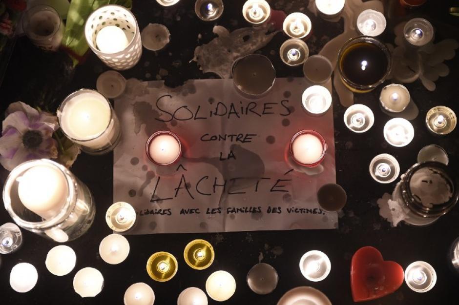 El mundo se ha solidarizado con las víctimas de Francia, que lloran un día trágico. (Foto: AFP)