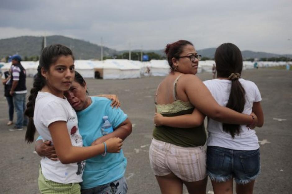 Hace un mes se registró el fuerte temblor que causó estragos en Ecuador. (Foto: AFP)