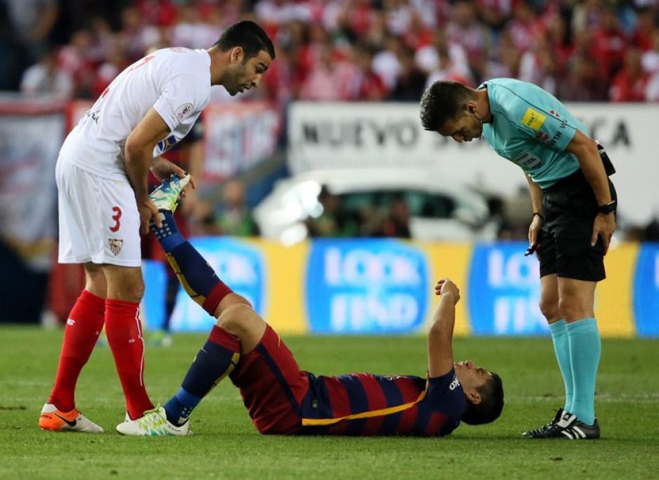 Suárez se lesionó durante la final de la Copa del Rey. (Foto: AFP)