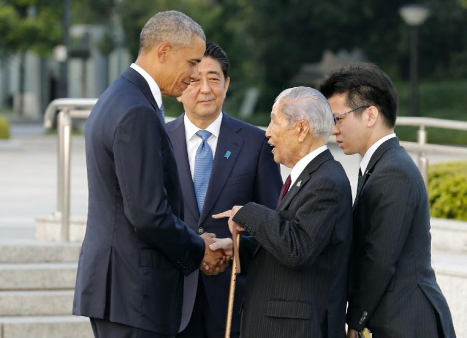 El lugar más emotivo de la jornada fue cuando Obama saludó a algunos de los sobrevivientes.  (Foto: AFP)