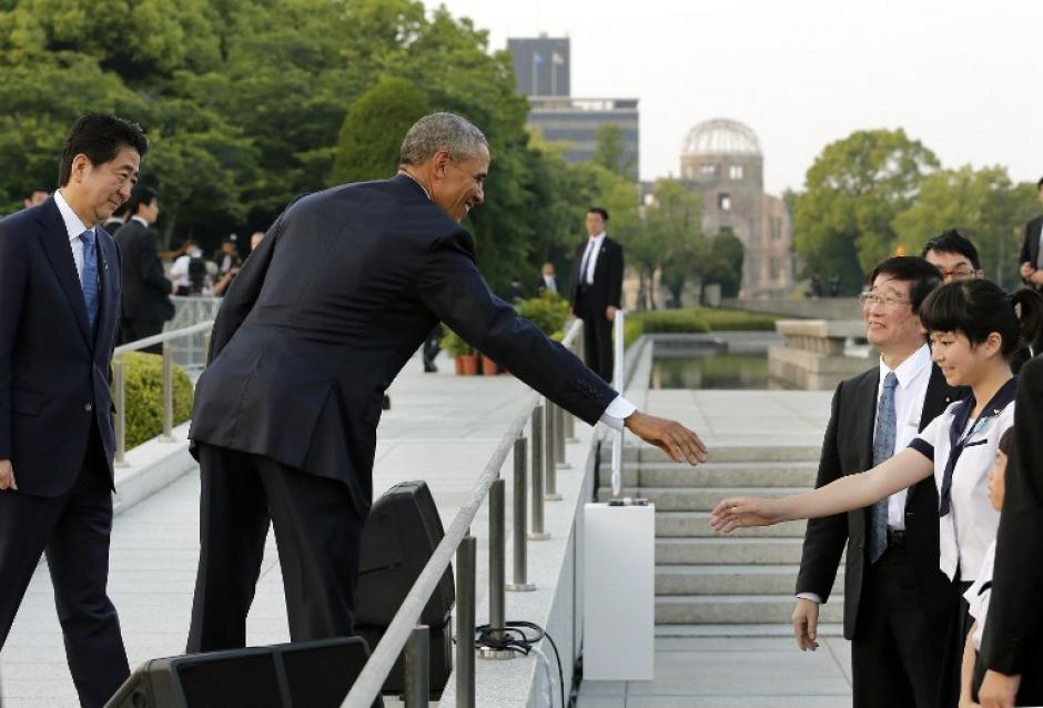 Obama no se disculpó por la bomba lanzada por su país, pero pidió que la tragedia no se olvide. (Foto: AFP)