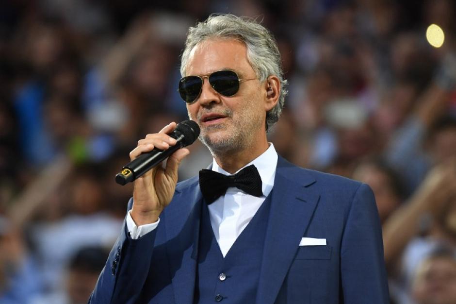 Andrea Bocelli cantó en la previa del inicio de la Champions. (Foto: AFP)