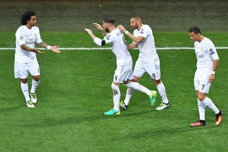 Real Madrid mantuvo la ventaja más de 60 minutos y sobre la hora empató el Atlético. (Foto: AFP)