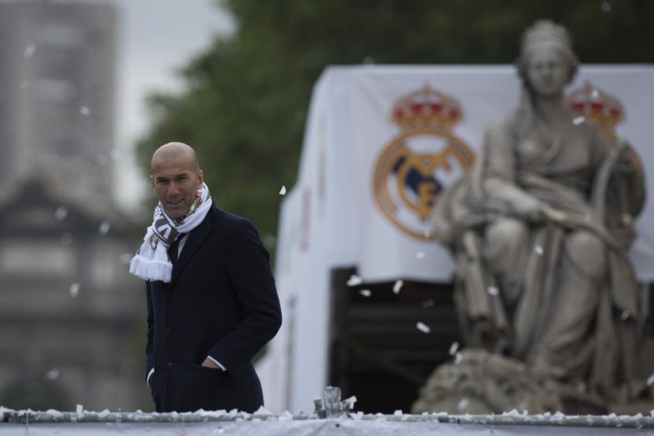 Muy a su estilo, el francés vio la celebración de los seguidores merengues. (Foto: AFP)
