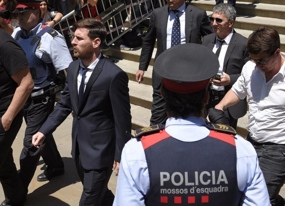 Messi recibió varios insultos de aficionados. (Foto: AFP)
