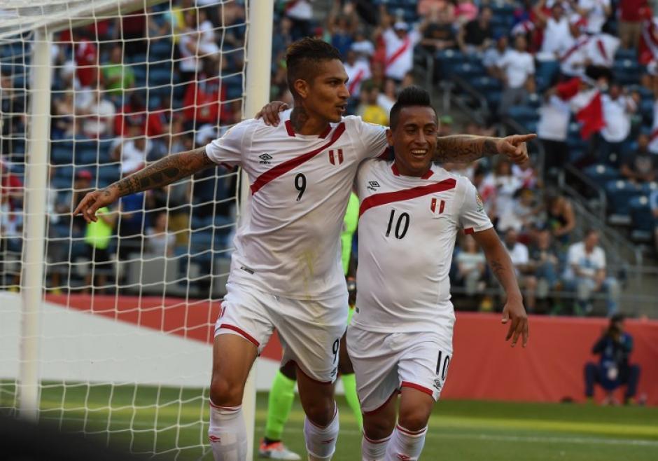 Perú dominó a Haití pero le costó abrir el camino del triunfo. (Foto: AFP)