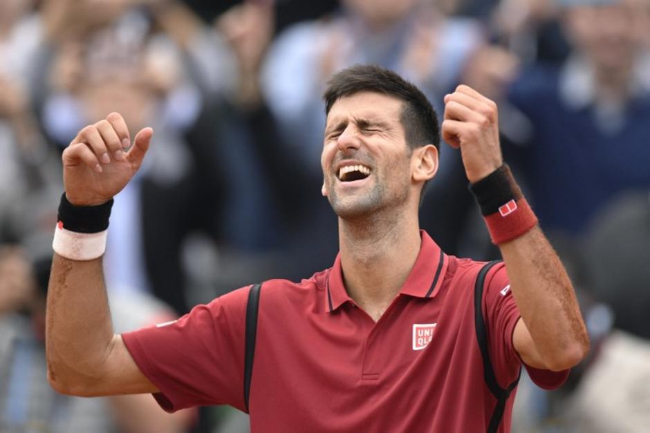 Novak Djokovic ganó su primer Roland Garros y se mete en la historia del tenis mundial. (Foto: AFP)