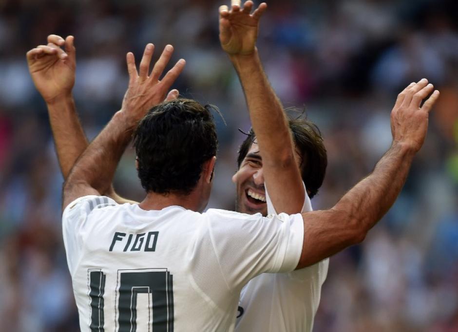 Raúl fue el jugador más ovacionado por la afición en el Bernabéu. (Foto: AFP)