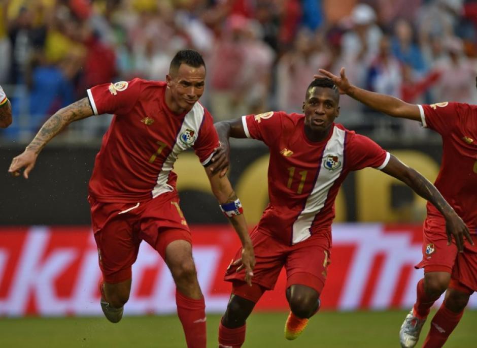 Blas Pérez fue la figura de Panamá al anotar un doblete ante Bolivia. (Foto: AFP)