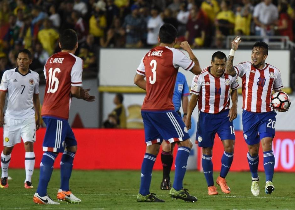 Víctor Ayala anotó un impresionante gol a favor de Paraguay. (Foto: AFP)
