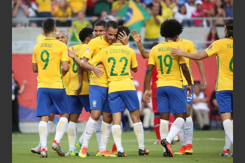 Brasil mostró su mejor cara ofensiva ante un débil Haití, en la Copa América. (Foto: AFP)
