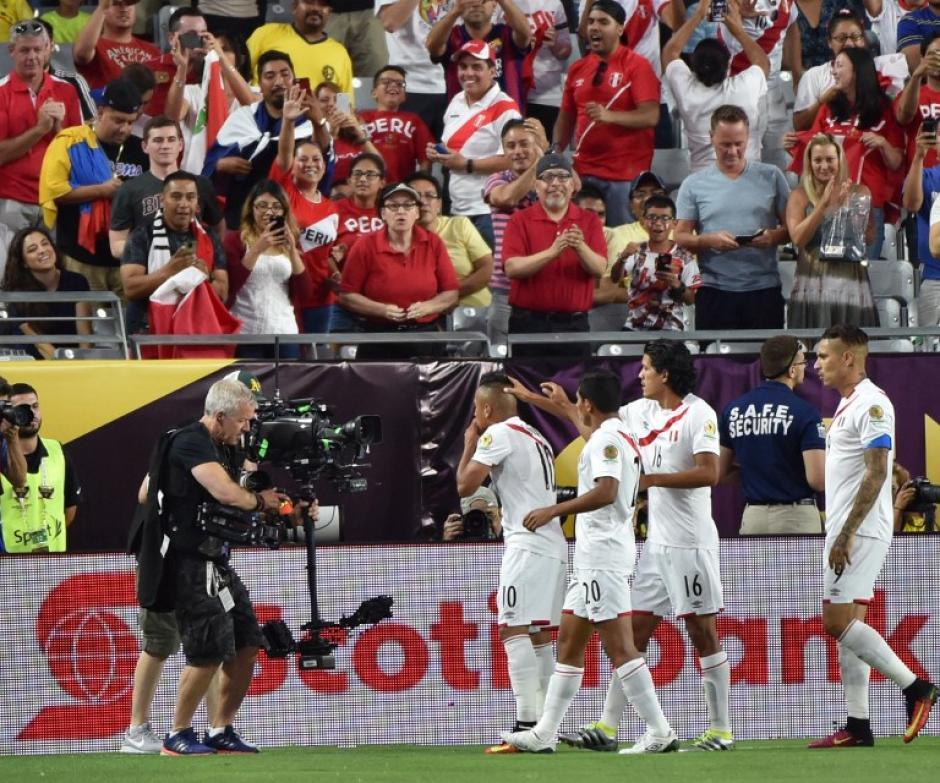 """La Selección de la """"franja"""" no pudo mantener la ventaja. (Foto: AFP)"""