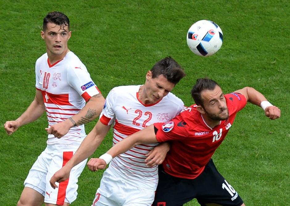 Francia y Suiza comandan el grupo A de la Euro 2016, con tres puntos. (Foto: AFP)