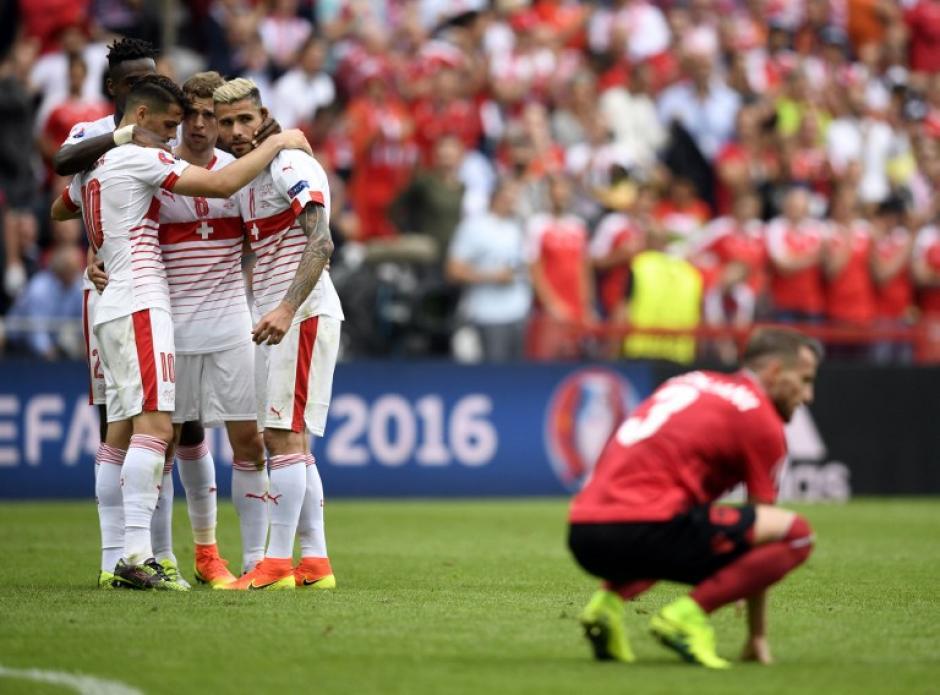 Suiza inició con el pie derecho la Euro 2016. (Foto: AFP)