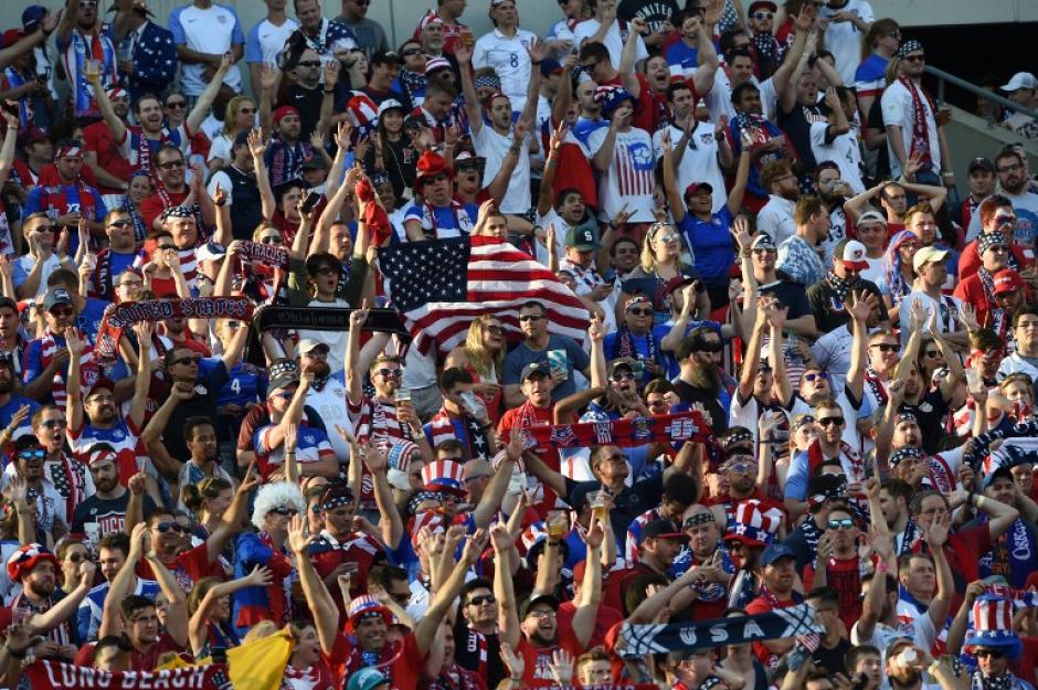La afición estadounidense se hizo sentir en los graderíos. (Foto: AFP)