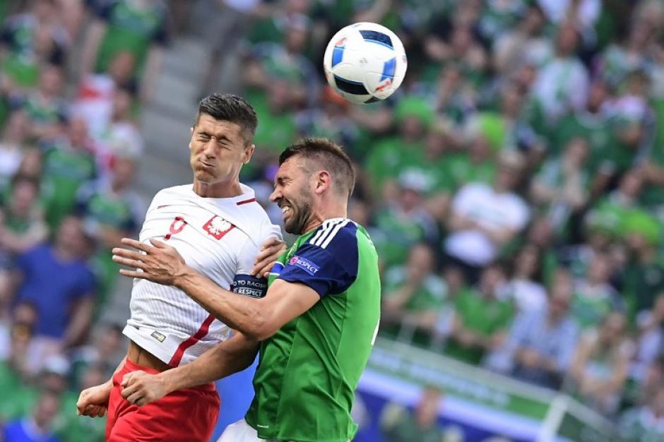 Robert Lewandowski es una de las figuras ofensivas de Polonia. (Foto: AFP)