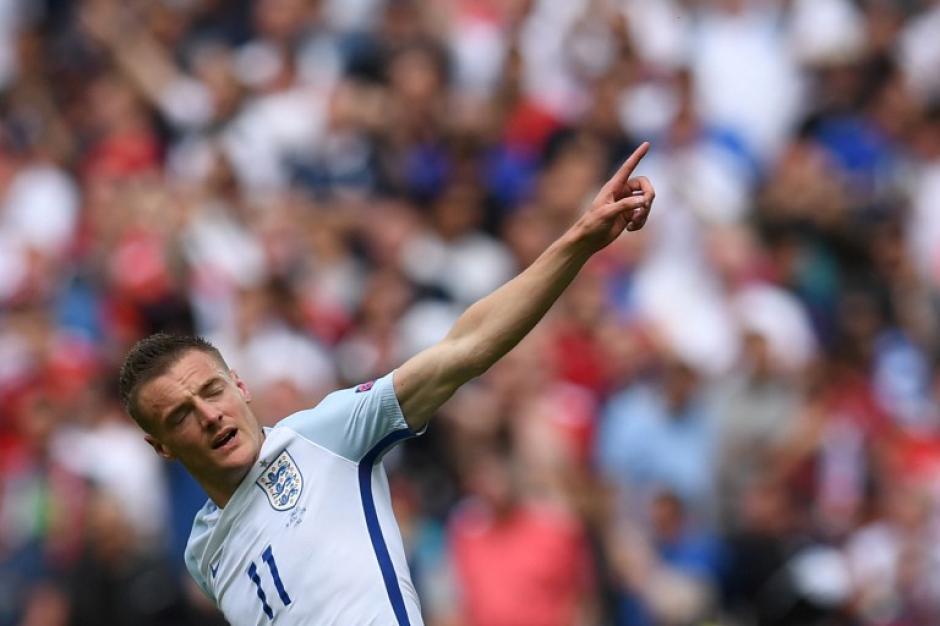 Vardy fue quien empató para los ingleses. (Foto: AFP)