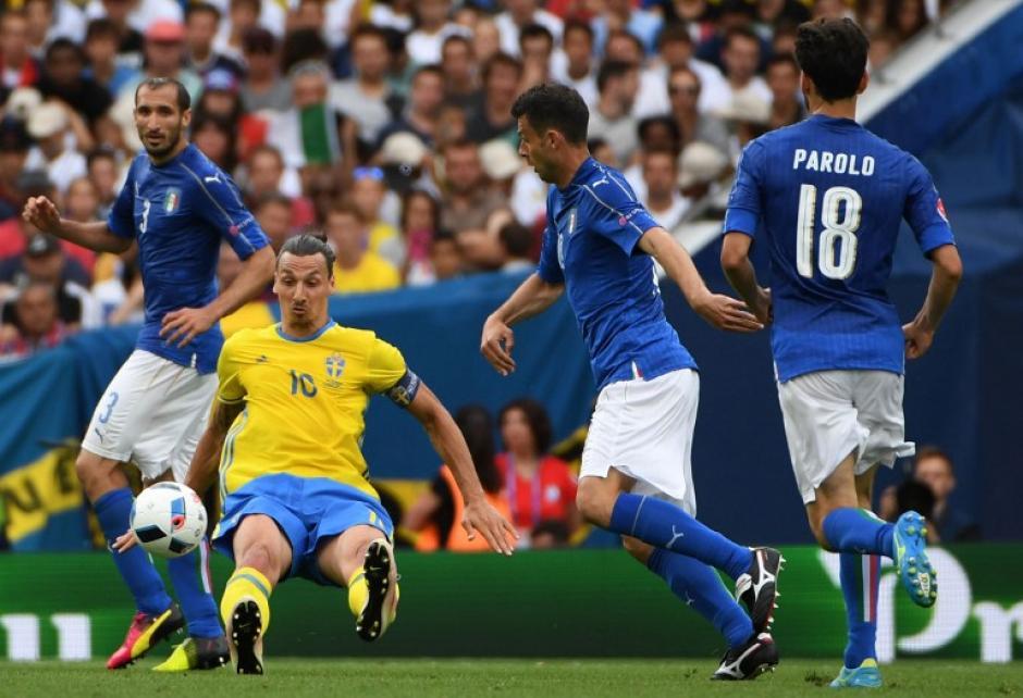 El juego mantuvo el 0-0 durante mucho tiempo. (Foto: AFP)