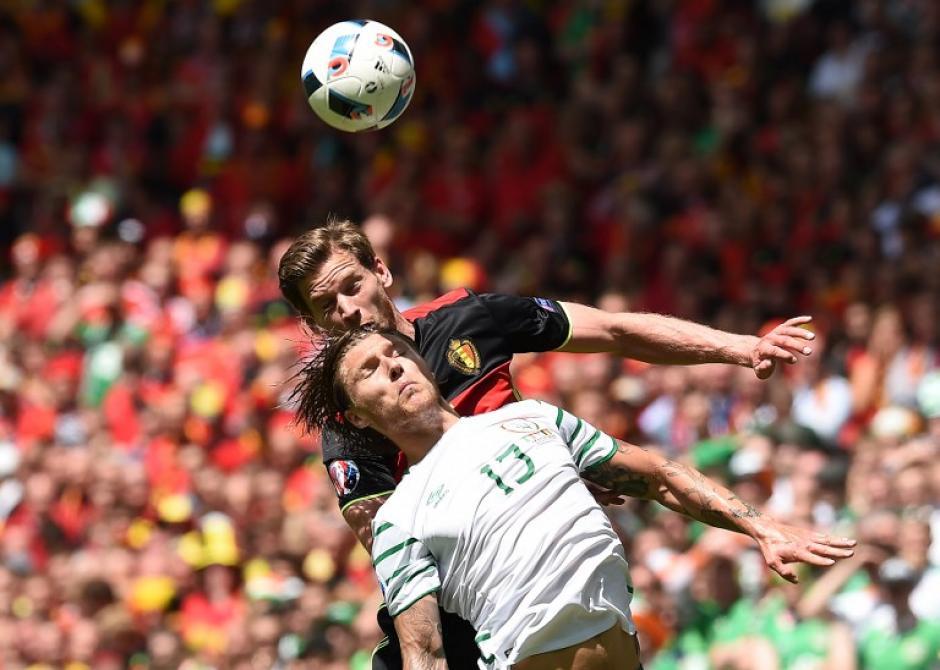 Primer tiempo parejo, terminó 0-0, en el complemento sacó ventaja Bélgica. (Foto: AFP)